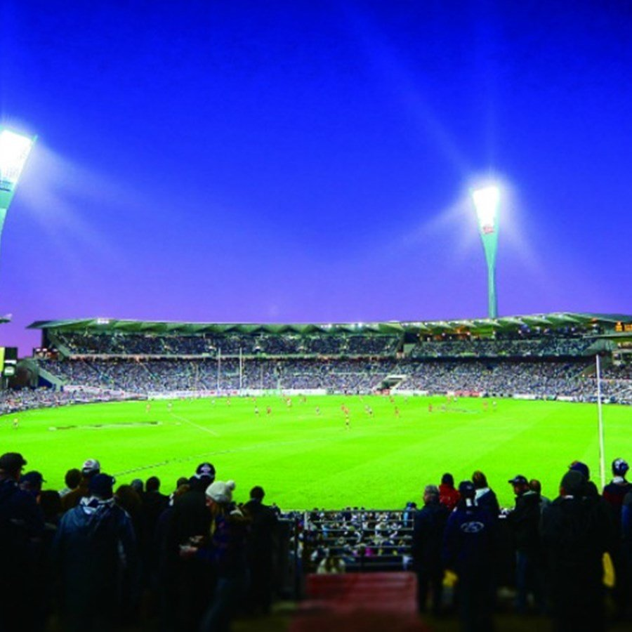 5 Places to Stay and Walk to Simonds Stadium