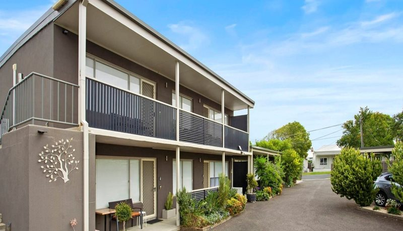 Geelong Serviced Apartments  outside front