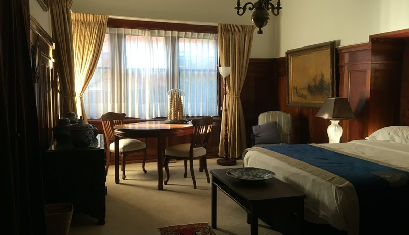 THE SALON, one of the two deluxe rooms