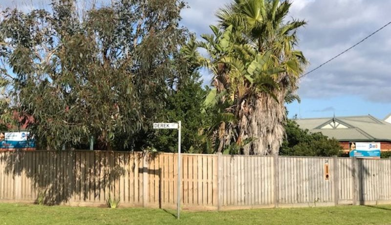 Fully fenced, corner location, dog and family friendly